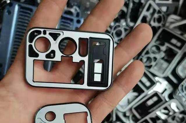 Блок основной камеры Xiaomi Mi 11 Pro на новом фото